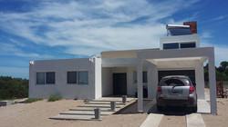 Casa sustentable en Punta Médanos.