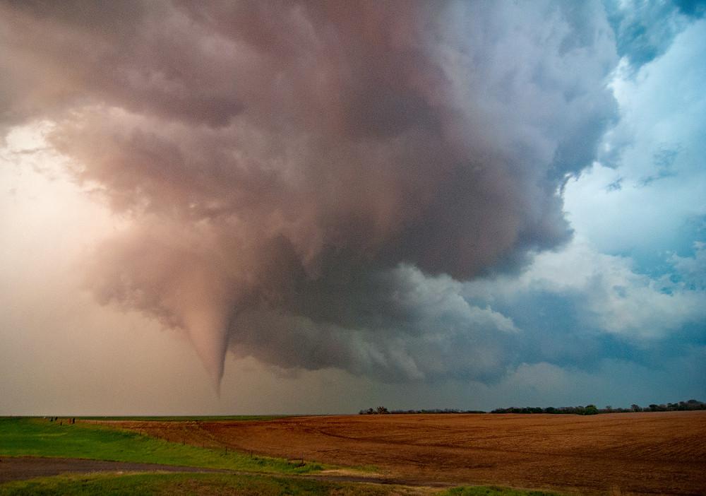 A tornado near Rozel, KS on May 18, 2013.