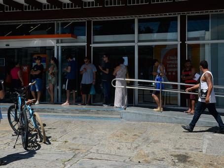 Bancos reforçam medidas para garantir atendimento em Manaus