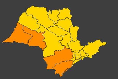 Governo de SP deve regredir regiões para fases mais restritivas do plano de flexibilização econômica
