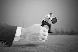 Bancos: 7 práticas abusivas que você precisa saber
