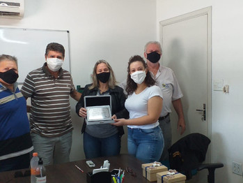 Sindicato entrega placa de homenagem à família do ex-dirigente sindical Claudemir Alves Teté