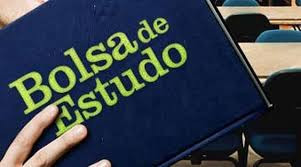 Santander: estão abertas as inscrições para bolsas de estudo