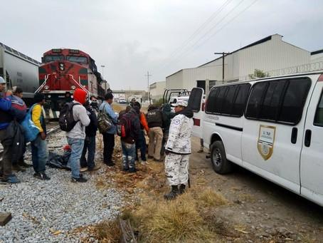 Detienen a 75 migrantes centroamericanos en Puebla