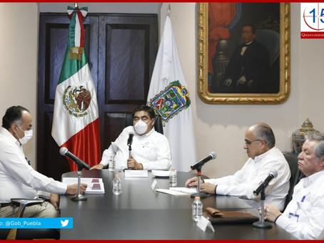 Limpiar la vía pública de ambulantes para frenar transmisión de Covid-19 pide Barbosa a ediles