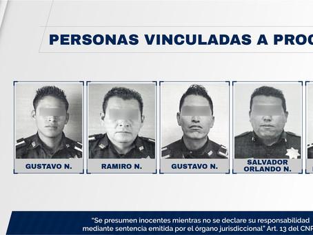 Vinculan a proceso a 5 policías de Claudia Rivera