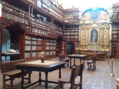 Exhiben documentos históricos de la Biblioteca Palafoxiana