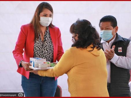 Entrega Angélica Alvarado kit´s de higiene para garantizar un regreso a clases seguro en Huejotzingo