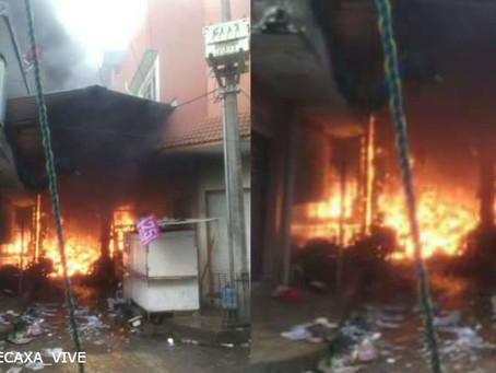 Se incendia mercado municipal de Xicotepec de Juárez