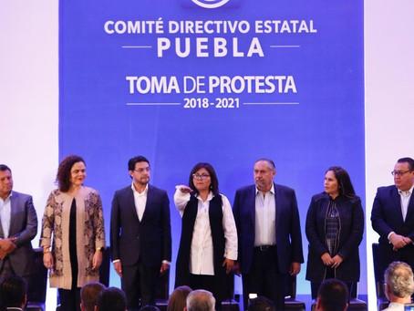 Genoveva Huerta rinde protesta como nueva dirigente del PAN en Puebla