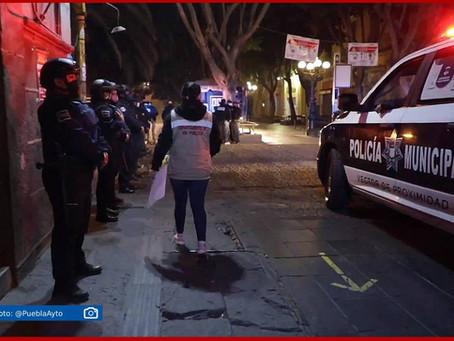 Con operativo impiden instalación de ambulantes en Puebla