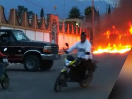 Rescatan de linchamiento a presunto ladrón en Aztotoacan