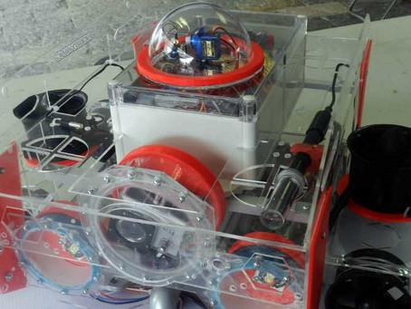 Estudiante poblano crea robot submarino para medir contaminación en agua