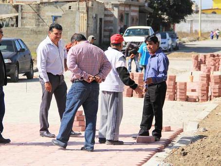 Ángel Flores supervisa obras que benefician a familias de Xoxtla