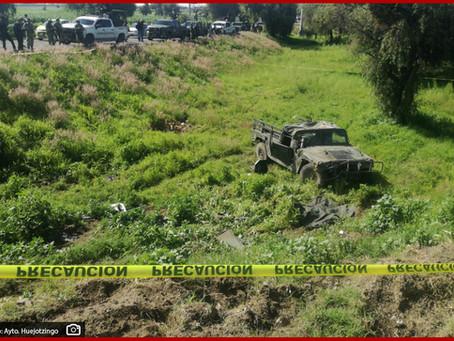 Vuelca unidad militar en el entronque al aeropuerto de Huejotzingo