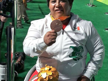 #OrgulloNacional Catalina Díaz gana bronce en powerlifting paralímpico