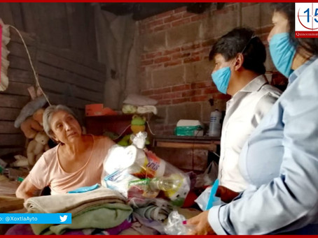 Entrega Ángel Flores apoyos alimentarios en Xoxtla