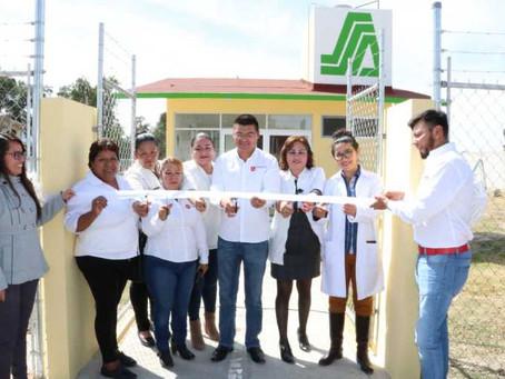 Inaugura Alejandro Martínez Casa de Salud en Francisco I. Madero