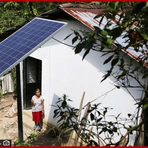 Beneficia Bienestar a familias de Cuetzalan con paneles solares