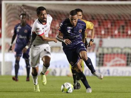 Lobos BUAP sorprende y vence 1-0 a Veracruz