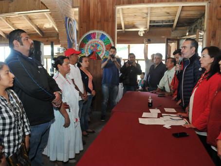Toma protesta Estefan Chidiac a comités municipales de Cuetzalan y Atempan