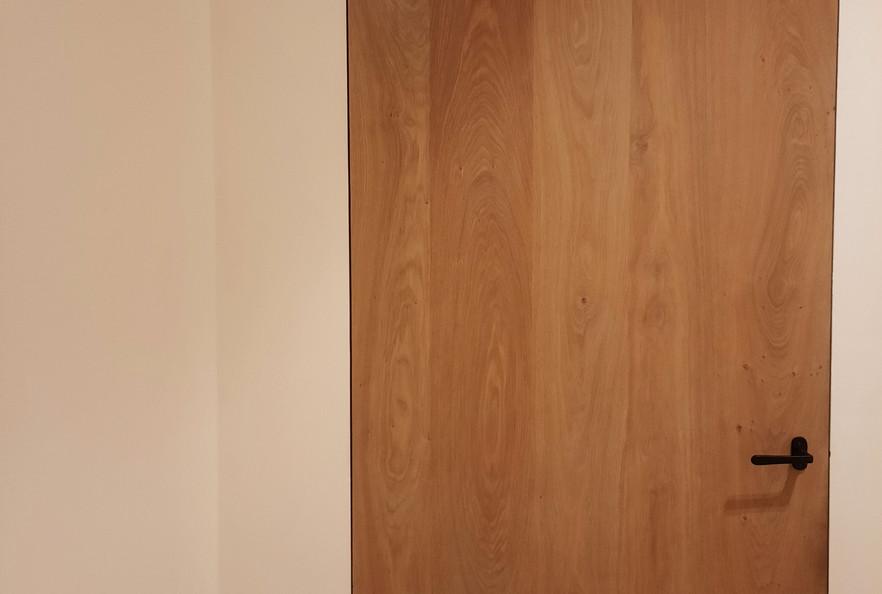 deur-ingewerkt2_edited.jpg