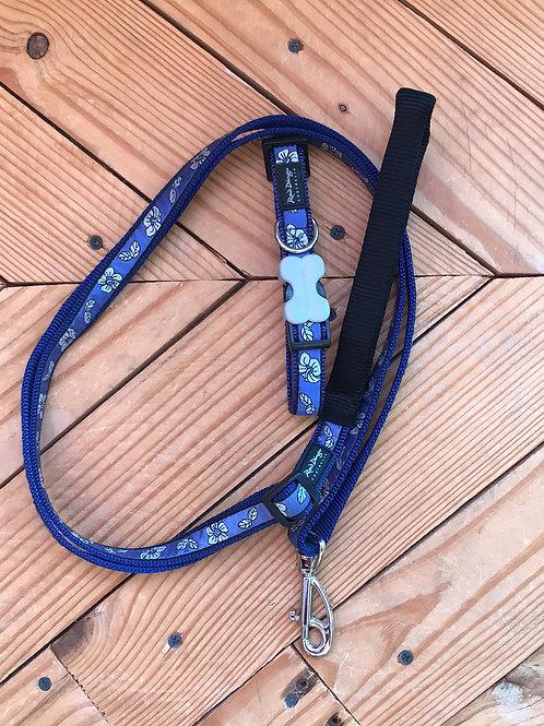 Set Medium buckle collar and leash combo (blue hibiscus)