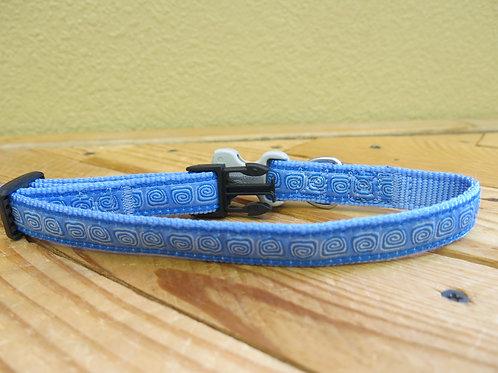 SET Medium Blue Circles Buckle Collar and Leash -dd