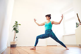 2021_LauraCristovao_Indoor_Yoga_72.jpg