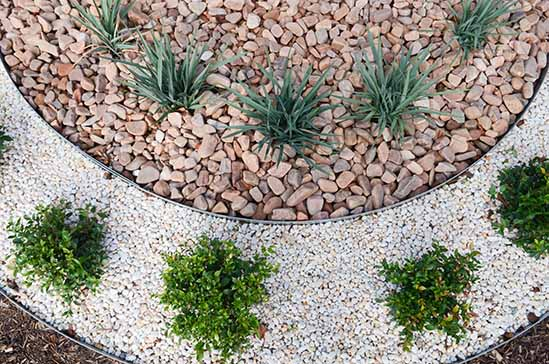 Contrasting Stone Garden Bed