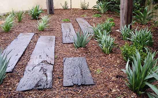 Garden Bed Pathway