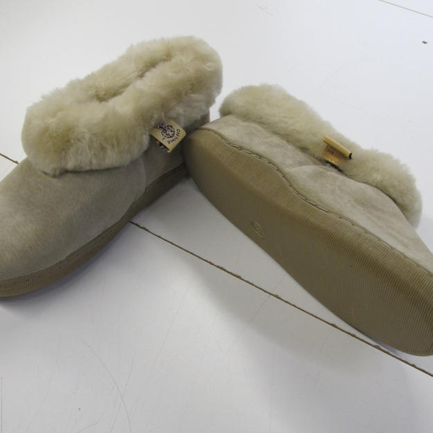 Pigskin Swede Exterior, Wool Interior - composition: indoor/outdoor sole - ladies 6-10 US - made in China - #1829