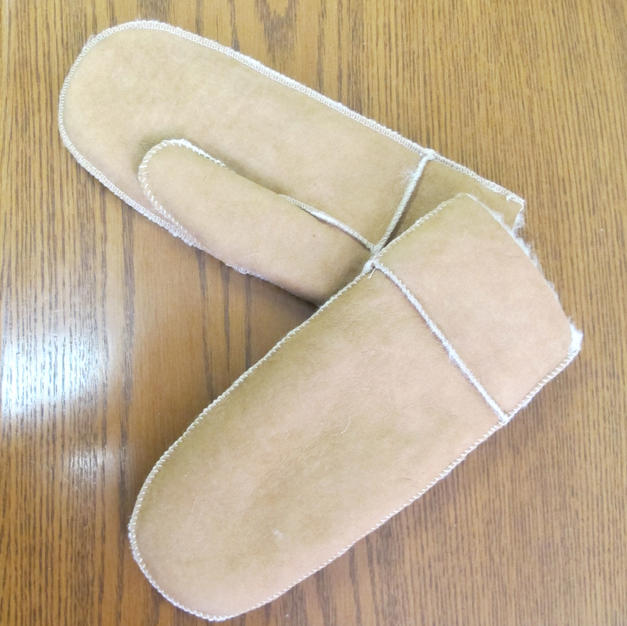 Lighter Weight Sheepskin Mitts - made in France - #1876 ladies ; #1878 mens