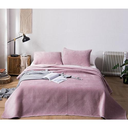 Rose Pink Queen Microfiber Poly-Velvet Quilt Set
