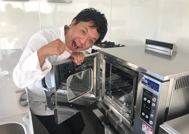 寿々グループ ミライズ キッチンカー スチーマー.jpg