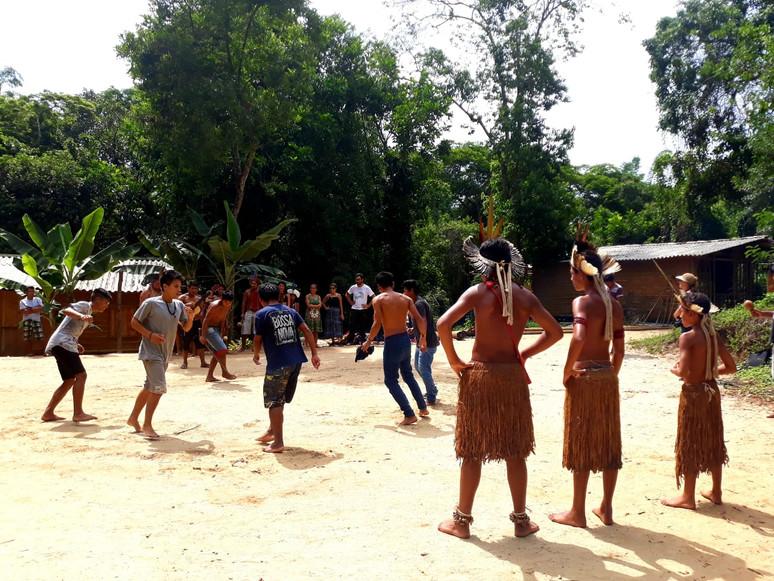 Povos Pataxó e Guarani partilham necessidades da educação indígena nos seus territórios