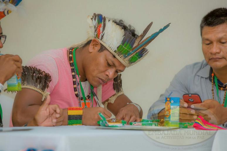 Liderança indígena de Angra dos Reis participa de encontro de povos tradicionais na Colômbia
