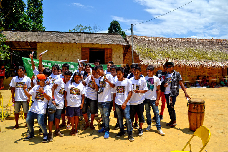 Os 25! Indígenas se formam no EJA Guarani