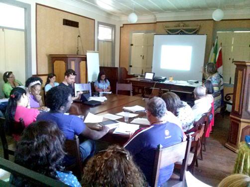 Educação do Campo é colocada em pauta durante debate sobre o Plano Nacional de Educação em Paraty