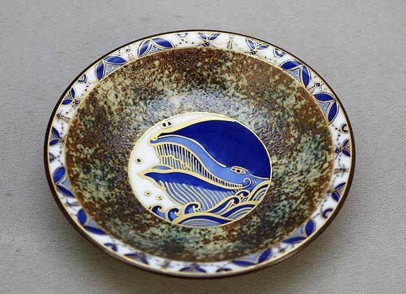 合わせ窯変染付金彩 見込み鯨 銘々皿