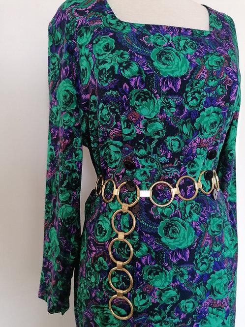 Robe à roses vertes