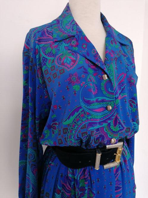Robe plissée à motifs orientaux