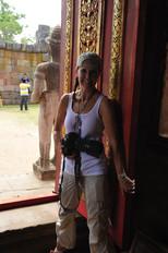 Karen Somers Shooting In Thailand - Universal Features
