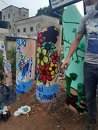 20201027mutirão de grafite e plantio no