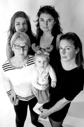 3 générations de femme