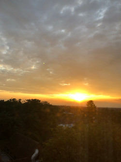 夏の美しい夕日