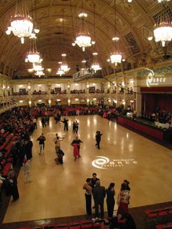 競技会場のダンスフロア2