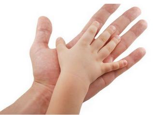 Kindergarten: Handmassage - ein Geben und Nehmen