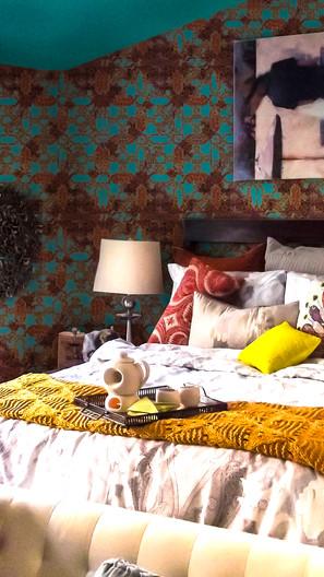 MOROCCAN OASIS BACHELORETTE BEDROOM FOR THE SWANKIEST SINGLE LADIES