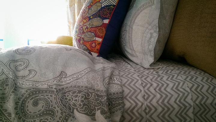 eclectic boho bedroom decor
